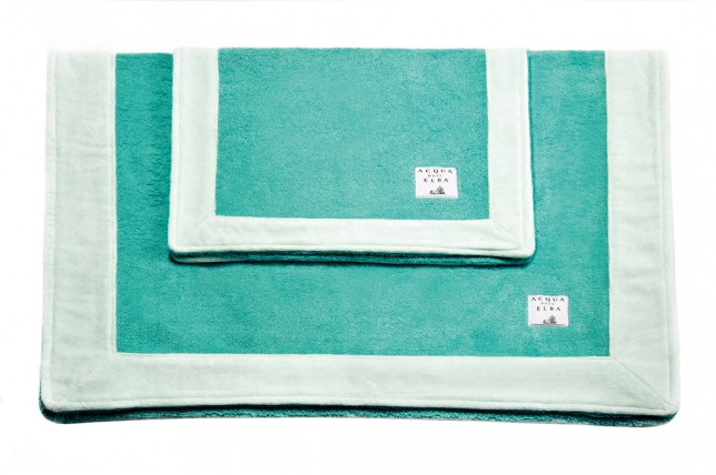 Two towels • 70x105 cm and 40x60 cm