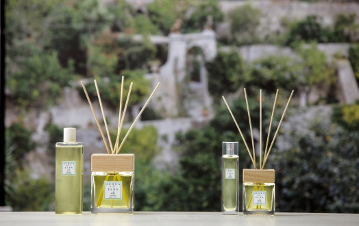 THE ESSENCE OF WELL-BEING IN OUR CITRUS HOME FRAGRANCE DIFFUSERS.