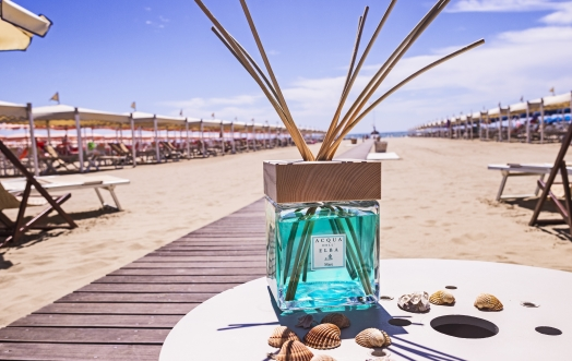 A 1000 times more enjoyment of the sea, with our new home fragrance diffuser format.